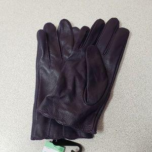 Women's Scallop Edge Leather Gloves